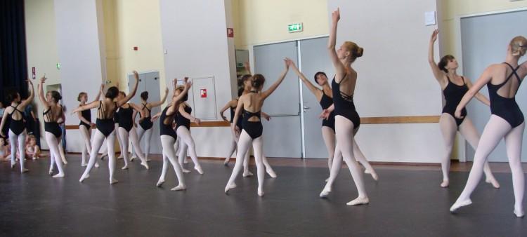 Danzaira Ballett