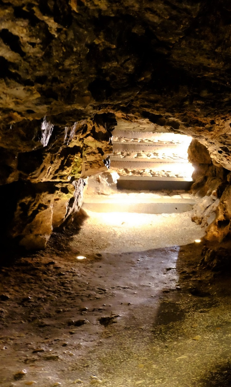 Höhle K