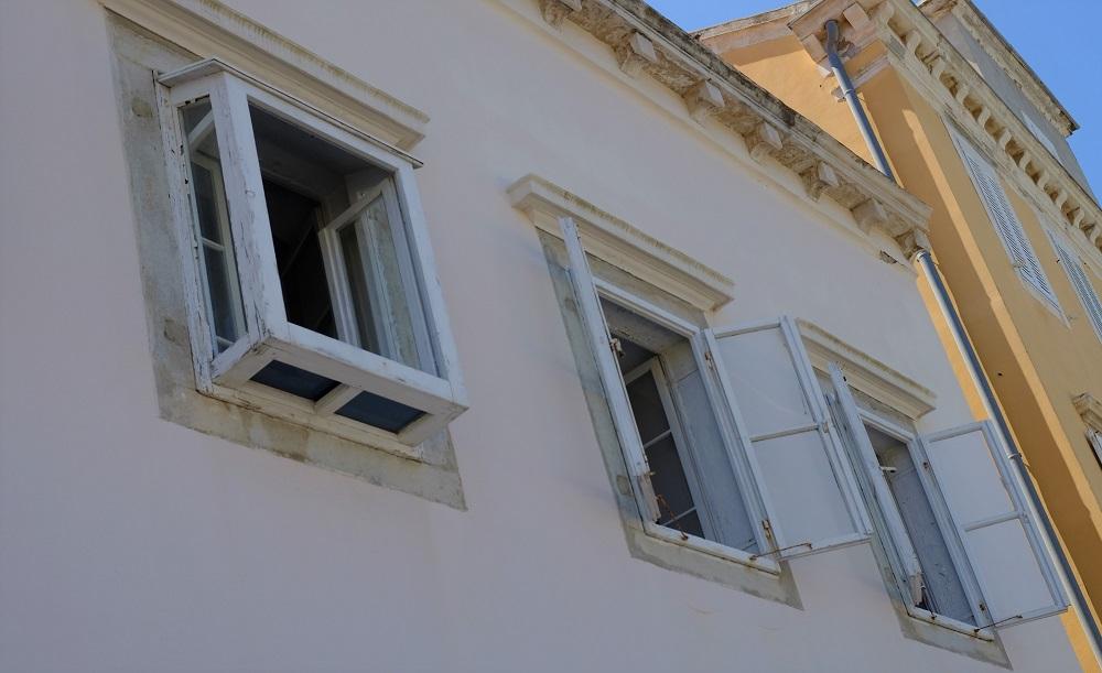 Fenster O