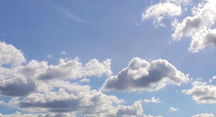 Himmel Wolken H