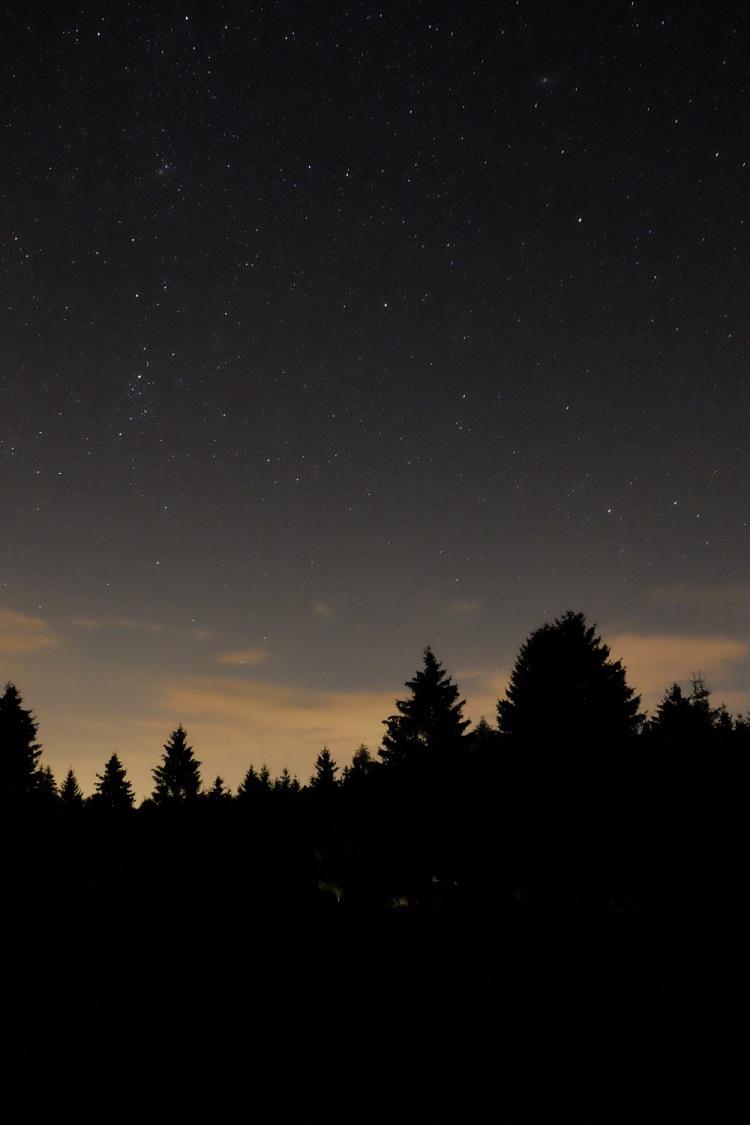 Sternenwand.