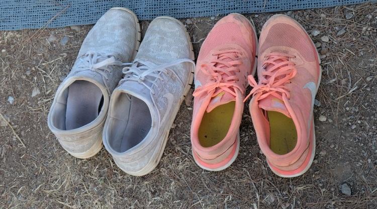 Schuhe U